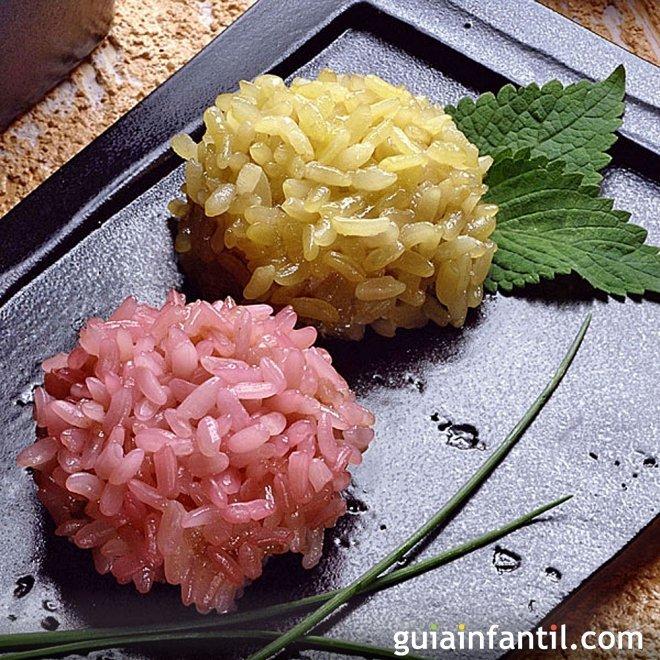 Bolitas de arroz de colores. Receta divertida para niños
