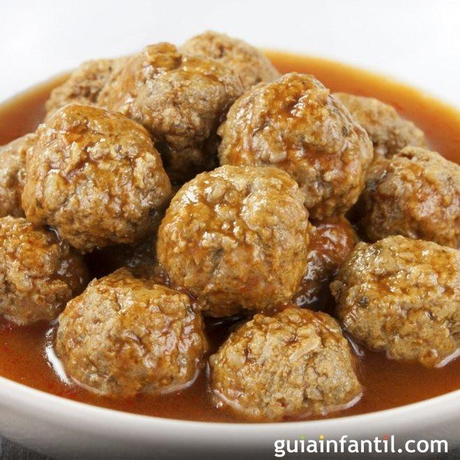 Albóndigas en salsa tradicionales sin gluten