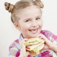 Bocadillos y sándwiches para la merienda de los niños