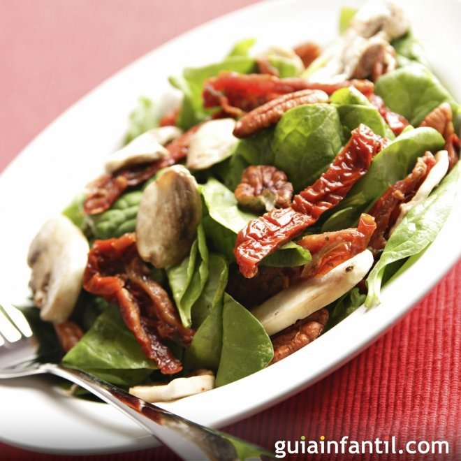 Ensalada vegetariana de espinacas, receta ligera para niños