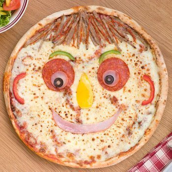 Pizza con cara