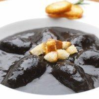 Calamares en su tinta, un plato tradicional
