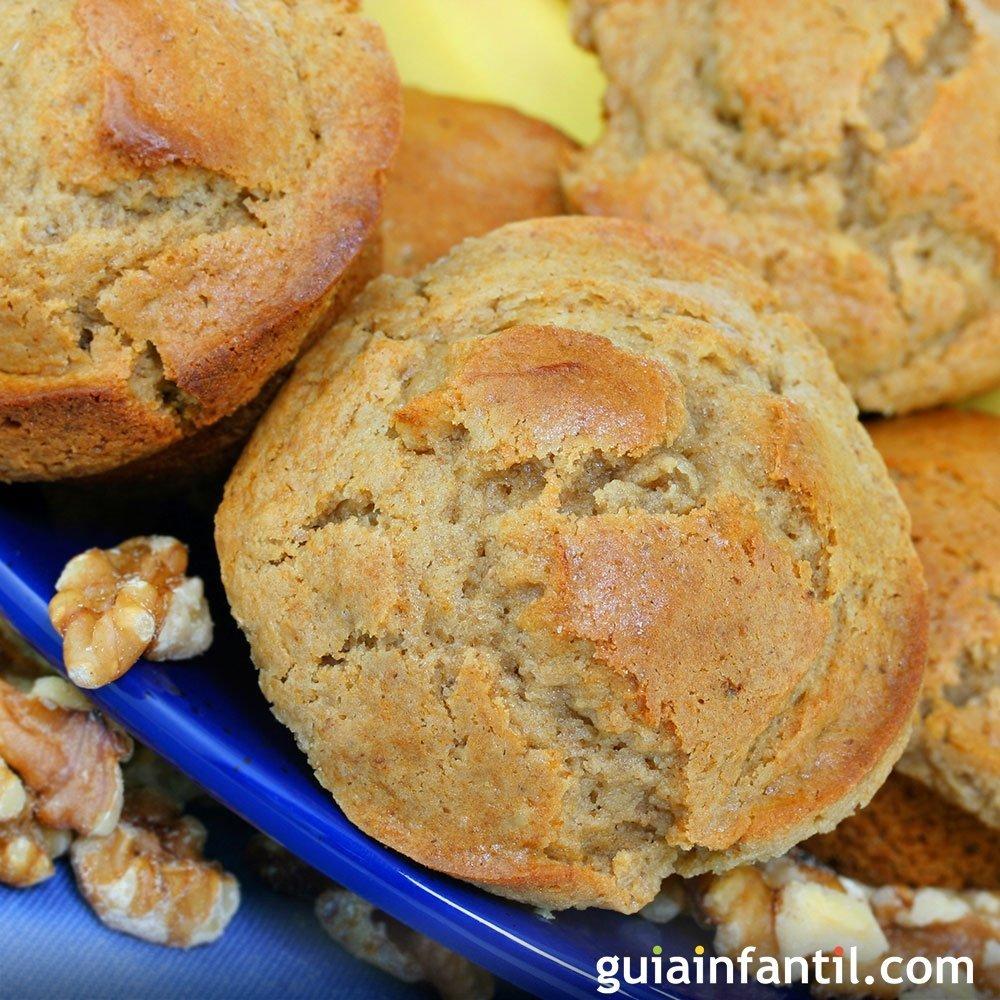 Muffins o magdalenas de pl tano y nueces para los ni os - Madalenas o magdalenas ...