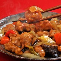Cerdo agridulce, comida tradicional china