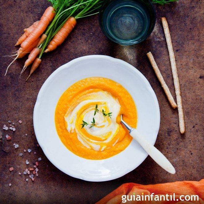 Crema vegana de zanahoria y jengibre, cena para niños
