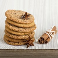 Galletas de canela y chocolate con cacahuetes
