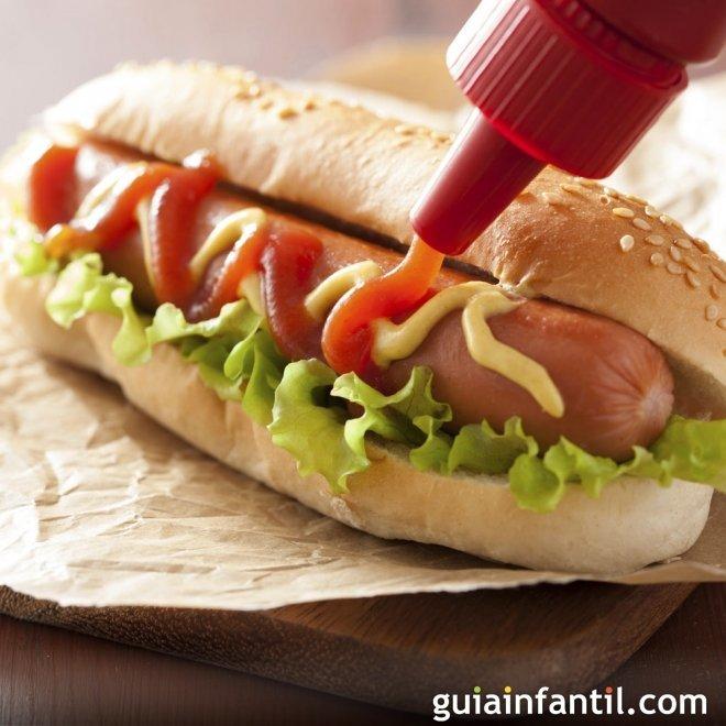 Hot dog. Receta de perrito caliente para niños