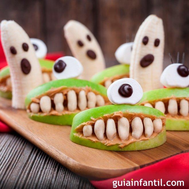 Fantasmas y bocas escalofriantes de Halloween. Postres divertidos