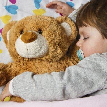 Cómo quitar el pañal de la noche a los bebés