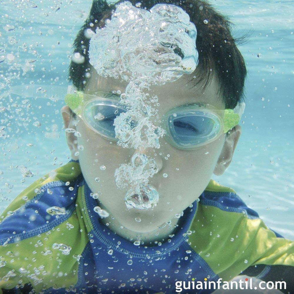 El uso de tapones para o dos en los ni os for Tapones oidos piscina