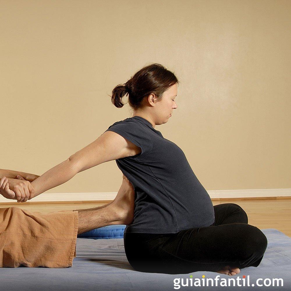 El dolor torpe que ciñe en los riñones y el vientre a las mujeres