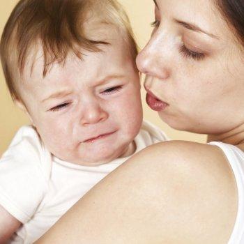 Cómo salvar a un bebé en caso de atragantamiento