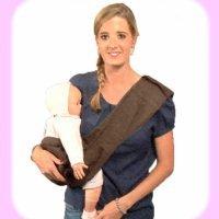 Llevar al bebé con un pouch. Portabebés