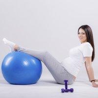 Gimnasia para embarazadas, ejercitar periné y glúteos