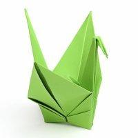 Cisne de papel de origami para niños