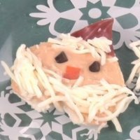 Canapés de Navidad. Aperitivo de Papá Noel para niños