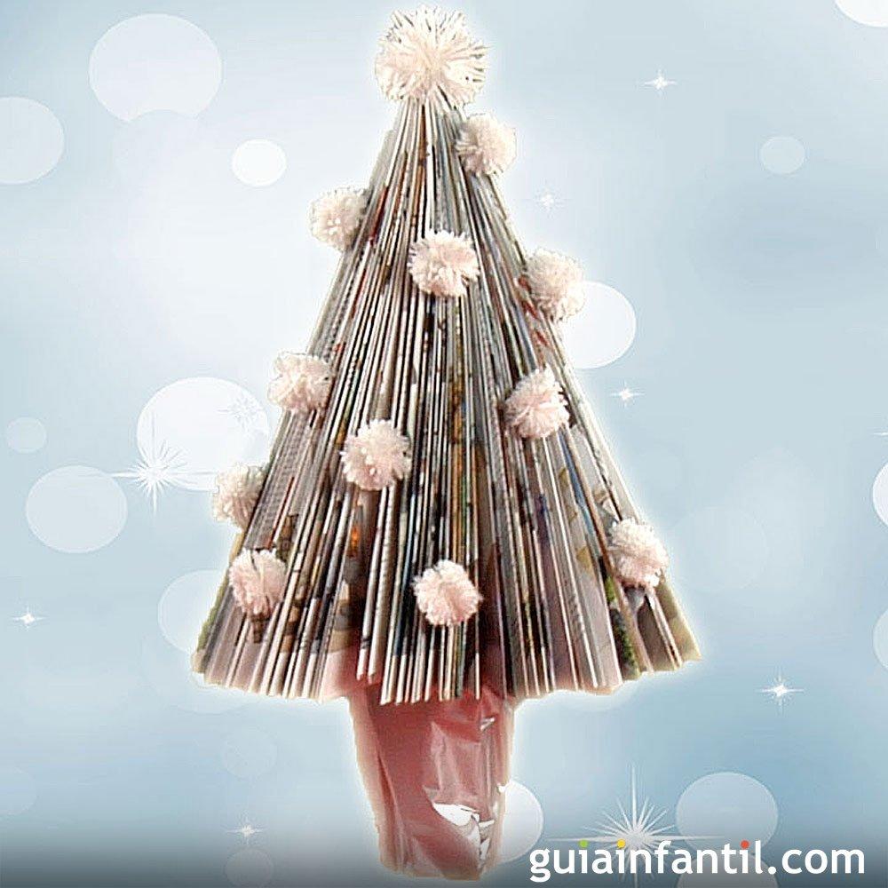 Manualidad de rbol de navidad con papel de revista - Arboles de navidad de papel ...