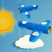 Avión para niños con materiales de reciclaje