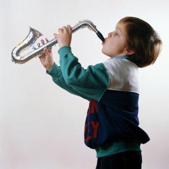 A qué edad pueden los niños comenzar a tocar un instrumento