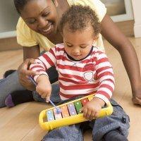 Qué hacer para que el niño se interese por la música