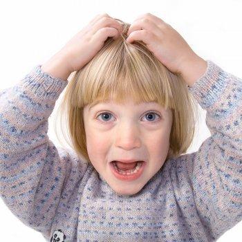 Cómo alejar los piojos de los niños