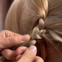 Peinado con dos trencitas, ideas para niñas