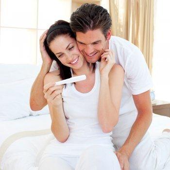 Qué función tiene el padre durante el parto