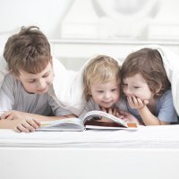Qué ventajas tiene para los niños leer