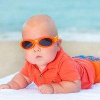 Cuándo deben usar gafas de sol los niños