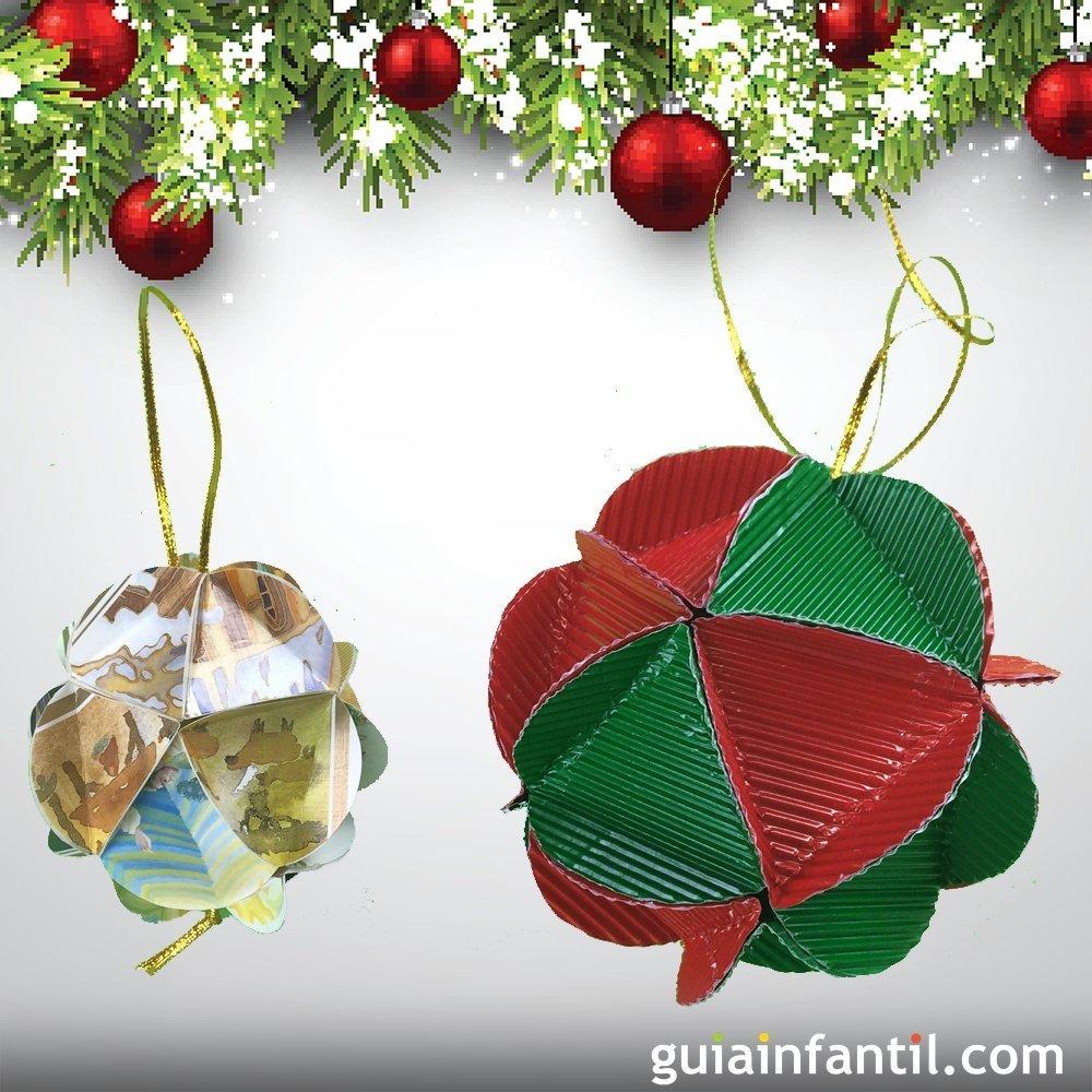 C mo hacer unas bolas de navidad para el rbol con cart n - Arbol de navidad de origami ...