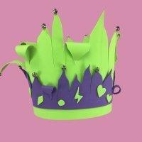 Gorro de arlequín con goma eva para Carnaval