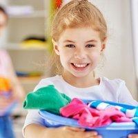 Tareas del hogar para niños según su edad