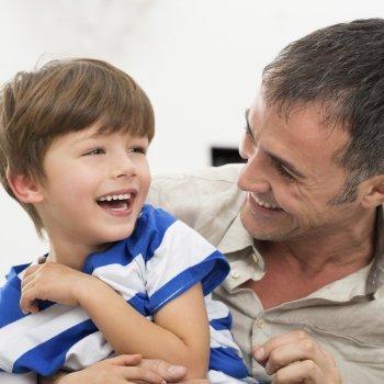 ¿Debemos ser amigos de nuestros hijos?