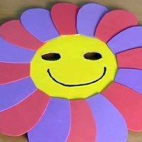Disfraces caseros, hacer una mascara de flor para los niños
