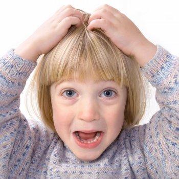 Cómo detectar piojos en los niños
