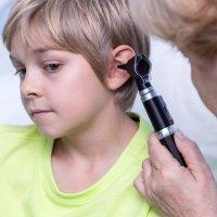 Cómo curar un oído tapado