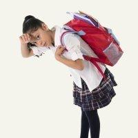 Las causas del dolor de espalda en los niños