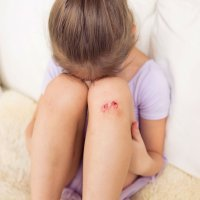 Cómo curar una herida o hemorragia en casa