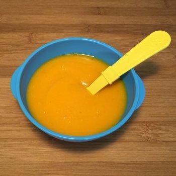 Receta de puré de patata, calabaza y zanahoria para bebés y niños