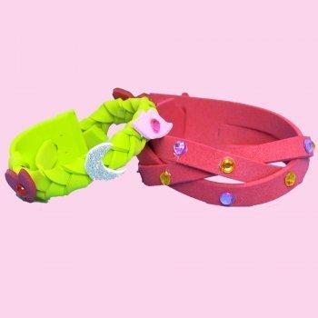 Cómo hacer pulseras de goma eva para regalar. Manualidades infantiles
