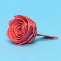 Cómo hacer una rosa de origami