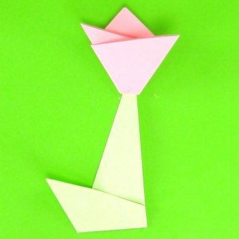 Cómo hacer un tulipán de papel. Manualidades de origami