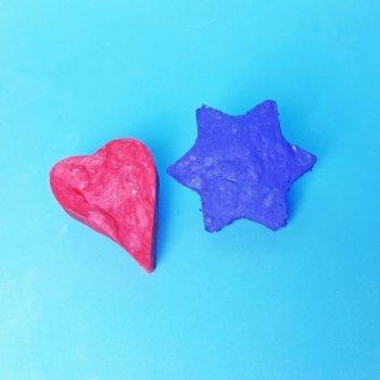 Cómo hacer gomas de borrar caseras con los niños