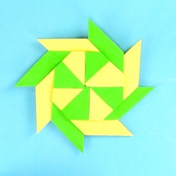 Estrella modular de papel. Origami fácil para niños