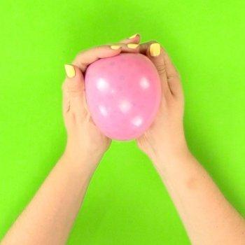 Pelota antiestrés con globos