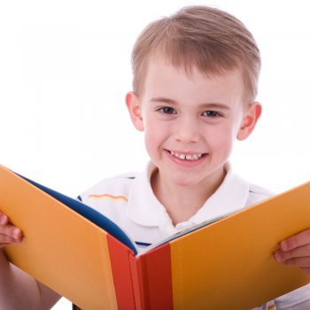 Por qué deben leer los niños en voz alta