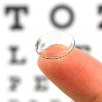 Cuándo pueden utilizar lentes de contacto los niños