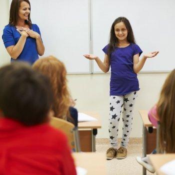 Consejos para que los niños pierdan el miedo a hablar en público