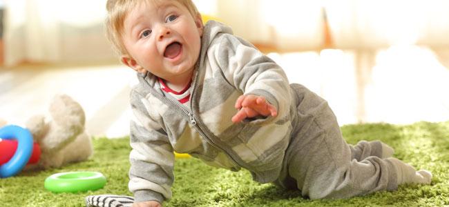 Cuál es la ropa más adecuada para el gateo del bebé
