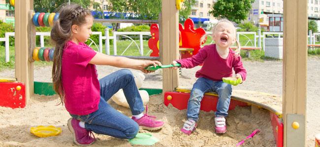 Por qué hay niños que provocan a sus hermanos